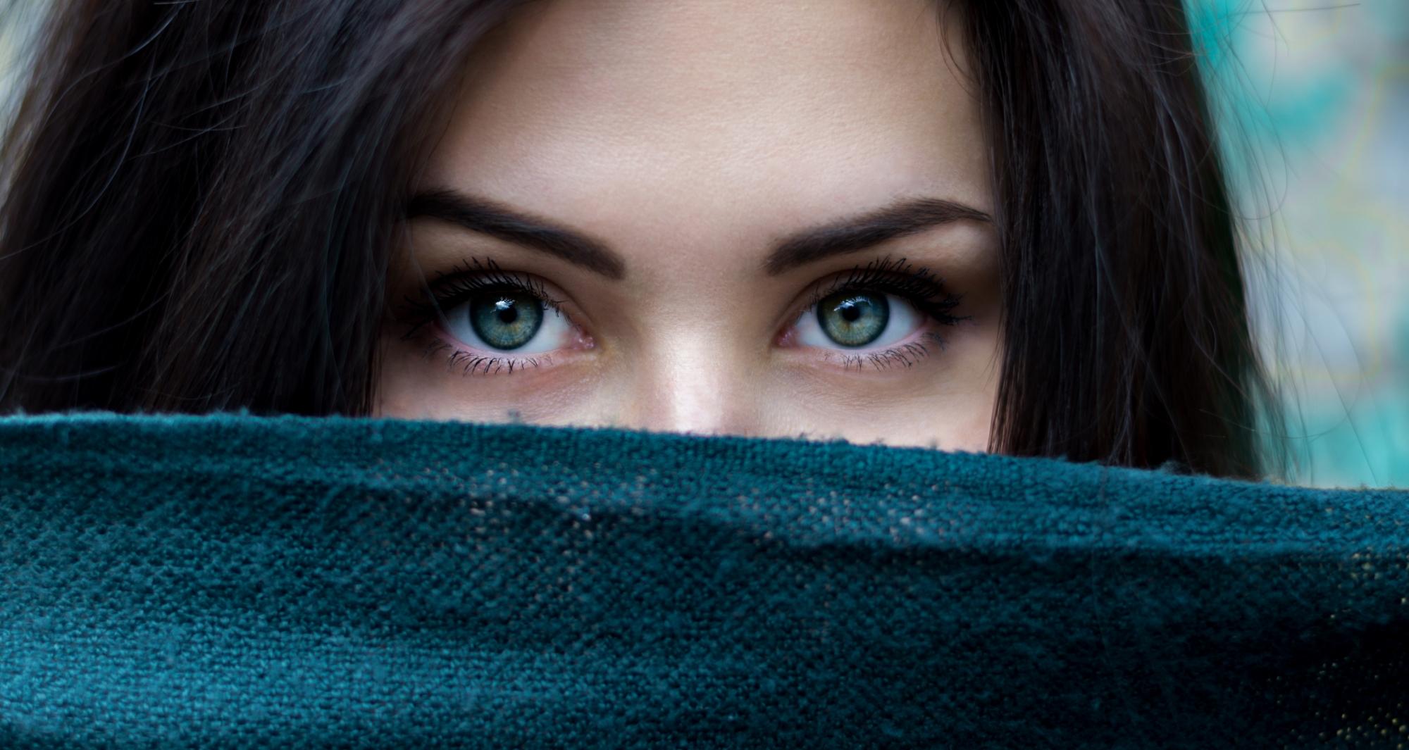b2f2578671e2f6 10 ciekawostek o kolorze oczu - Zdrowym okiem